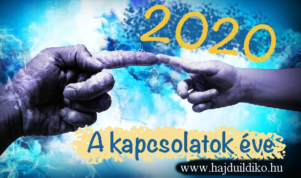 2020 kiemelt témája az Életforgatókönyv szempontjából: az együttműködés a segítőkészség a párkapcsolat a félelmek a függőség és az intuíció 2020: a 22-es csapdája a párkapcsolatban 2020 = 22/4 Mi a 22-es csapdája? Egy olyan szituáció, amelyből nem lehet győztesen kikerülni. Egy önmagába visszatérő logikai folyamat. Például, amikor egy fiatal nem kap munkát egy vállalatnál sem, mivel nem rendelkezik elegendő tapasztalattal. De persze nem tud munkatapasztalatot szerezni, mert egy cég sem alkalmazza.